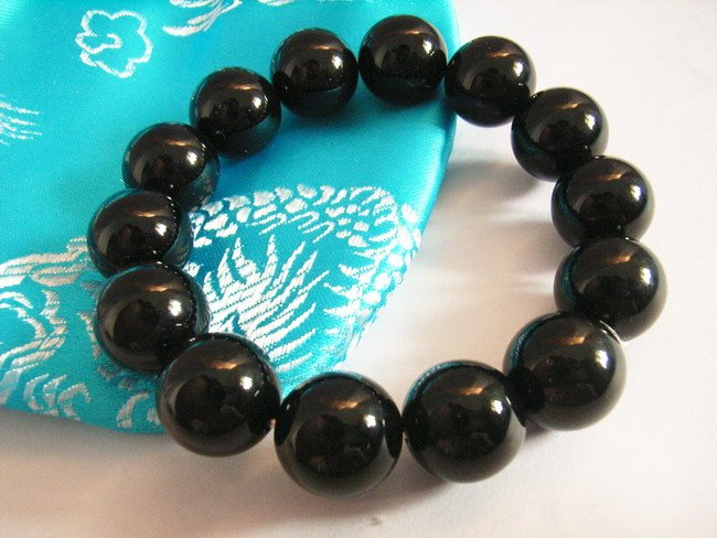 Stylish 14mm Black Agate Beaded Bracelet