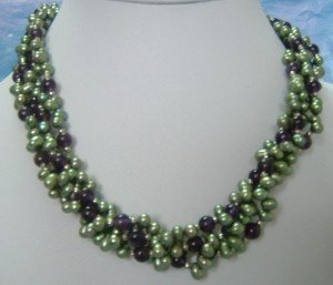 beautiful Cultured multicolor Freshwater Pearl necklace