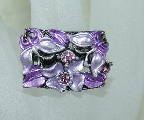Rhinestone ring rec purple