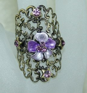 Rhinestone ring vintage purple