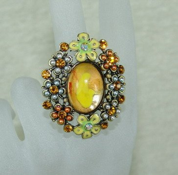 Rhinestone ring yellow flower