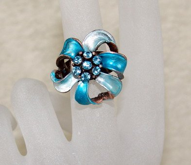 Rhinestone ring cutie blue