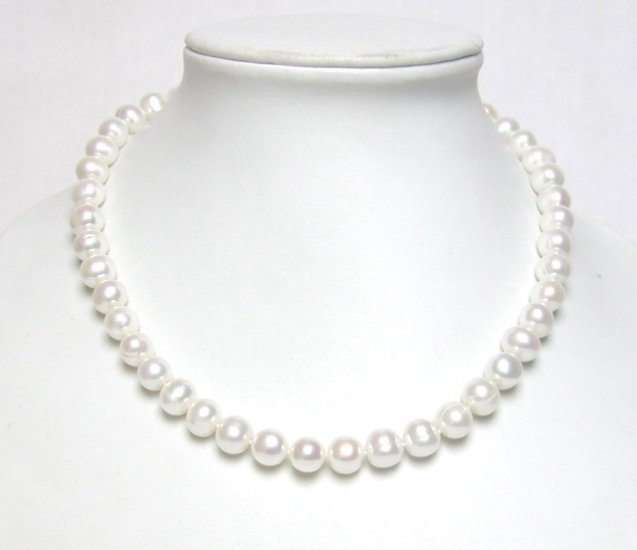BIG 9-10MM FRESHWATER PEARLS NECKLACE Heart clasp