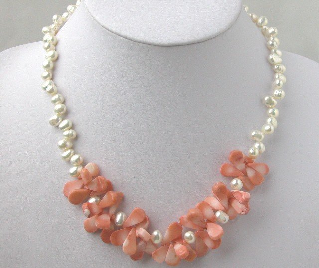 Fashionable White FW Pearl & Pink Coral Necklace