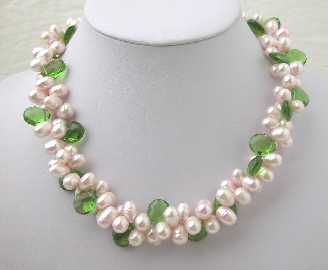 Natural Pink FW Pearl & Green Crystal Necklace