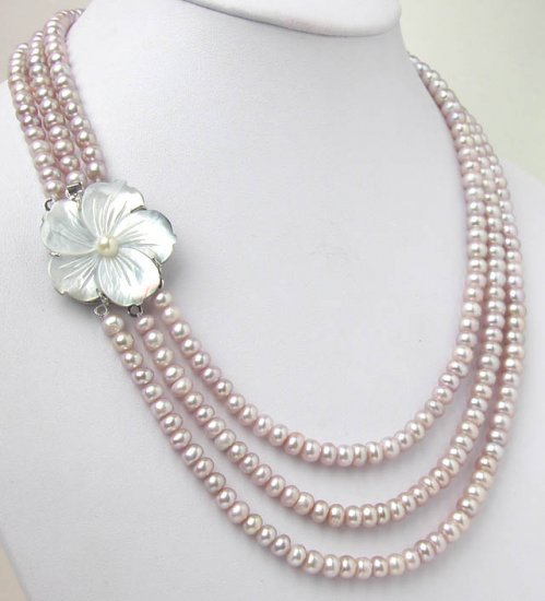THREE ROWS PURPLE PEARL NEACKLACE Flower clasp