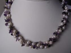 beautiful fourite with pearl necklace
