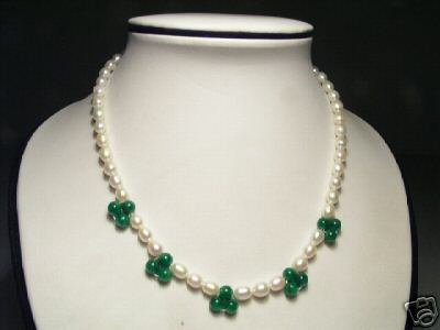 Lovely White FW Pearls&Jade Necklace