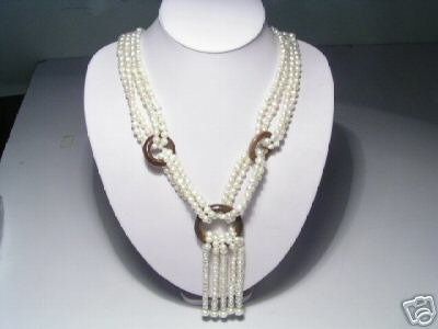 Noblest 4-Srd White FW Pearls&Wooden Necklace