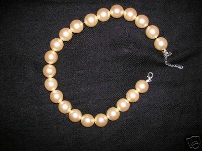 stunning pink pearl bracelet