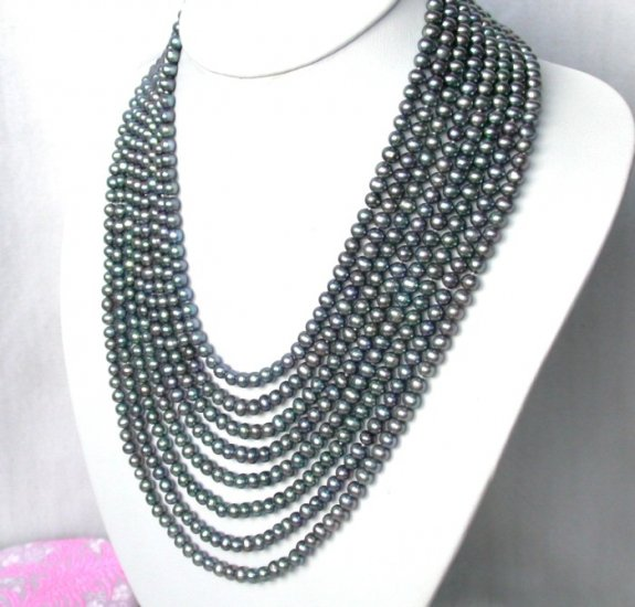 stunning 8strand round black freshwater pearls necklace