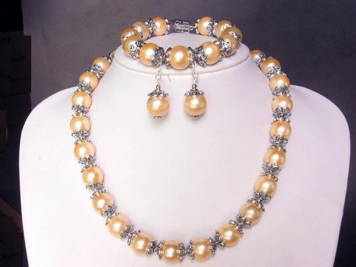 Necklace Set S Sea L Gold Shell Pearls Bali Silver Caps
