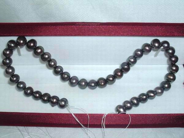 AA+ 10-11 mm black freshwater pearl loose string