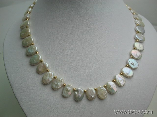 "17"""" oral shape white pearl and gild bead necklace"