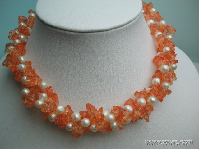 17'' twisted white pearl and orange crystal necklace