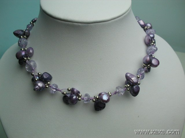 Fancy 17'' purple pearl and crystal necklace