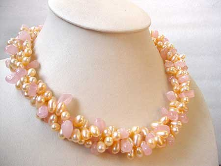 19'' 3-STR PEACH FW PEARL & ROSE QUARTZ NECKLACE