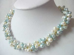 19.5'' 3-STR WHITE & BLUE FW PEARL NECKLACE