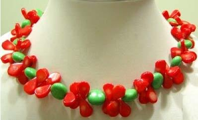 16'' red coral and green turquoise necklace