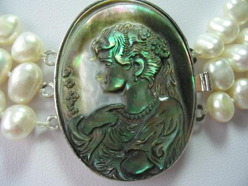 1 pc cameo lady clasp