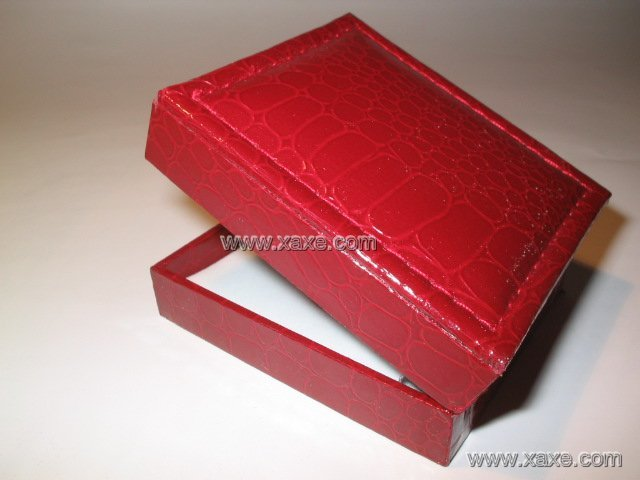 bracelet leatheroid jewelry box
