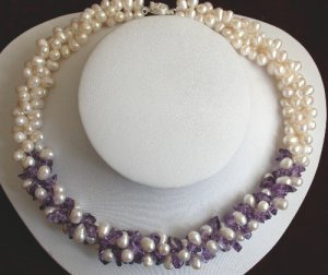 """16"""""""" Purple crystal and white pearl necklace"""