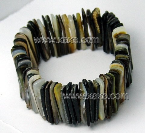 Lovely black shell bracelet