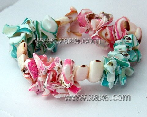 Lovely pink & green shell bracelet