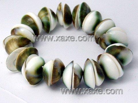 Lovely shell bracelet d