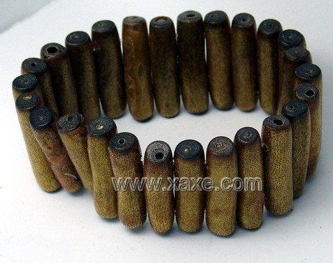 Lovely golden sponge coral bracelet