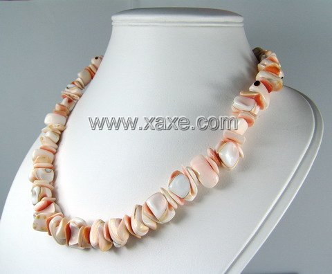 Lovely shell necklace a
