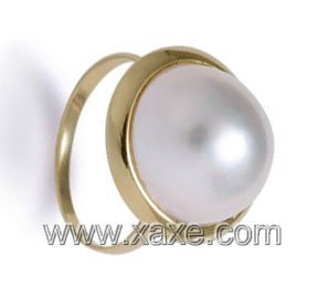 Luxurious 13mm white mabe pearl ring 14K