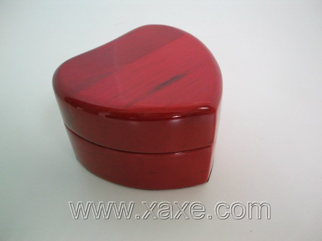 Red rose wood heart shape box