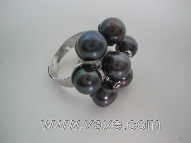 Flower 7pcs freshwater pearl ring - black
