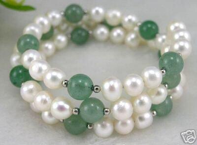 Wire bracelet - pearl & jade bead