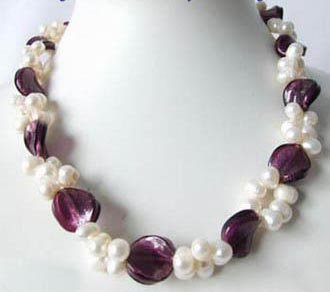 17'' white pearl & mauve shell necklace
