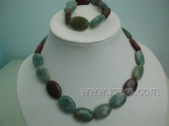 "17"""" multicolor jade necklace and elastic bracelet set"