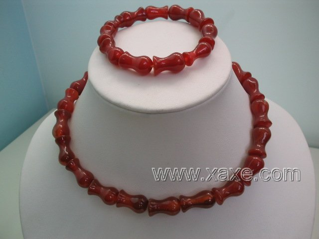 "17"""" red agate bead necklace bracelet set"