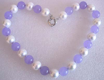 17'' 14mm white shell pearl and lavender jade necklace