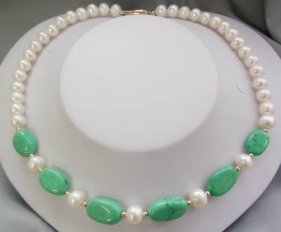 17'' white pearl and green turquoise bead necklace