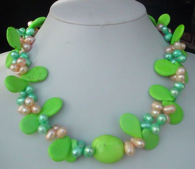 18'' green turquoise and pearl necklace