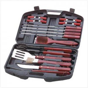 18 PC Barbecue Set In Case