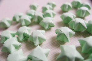 100 Origami Stars - Light Green