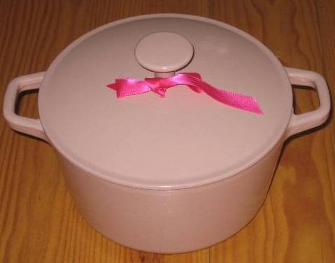 Cast iron cookware casserole Dish PINK 3.17 qt Round French Oven BRAND NEW