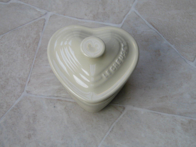 Le Creuset Stoneware ramekins Heart shape Almond Cream New