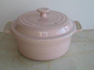 Le Creuset Stoneware 2 Quart Covered Round Casserole, Pink