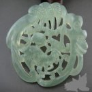 Beautiful white good luck, wealth and longevity of the pendant, clear gloss