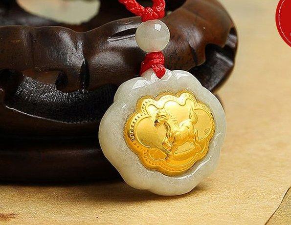 Gold inlaid jade (talisman) ChangMingSuo zodiac necklace pendant (horse)