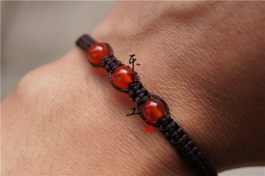 "Pure manual weaving maroon/peace ""+ 3 red agate beads (even in three yuan) lucky bracelet"
