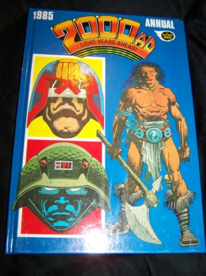 Vintage 1985 2000 AD Annual Judge Dredd Graphic Novel